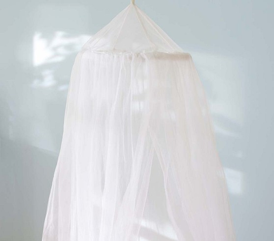 classic tulle canopy