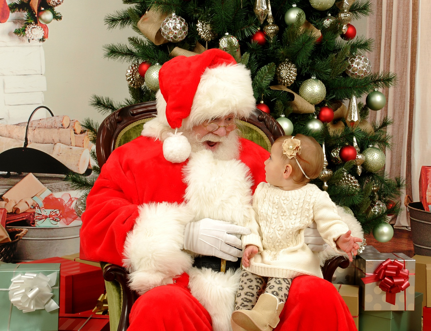 santa claus lesbian personals Meet single hindu women in santa claus are you ready to find a single hindu woman to tie the knot with meet single hindu women in santa claus interested in meeting new people to date.